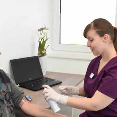 Blutabnahme Praxis Urologie Nguyen